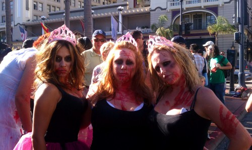 Zombie Walk San Diego 2011 | Comic-Con | Cute Zombie Chicks
